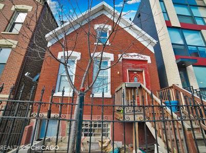 1636 W Augusta, Chicago, IL 60622 East Village