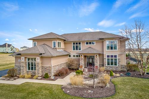 7124 Golfview, Yorkville, IL 60560