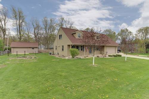 13821 Rengel, Bloomington, IL 61705