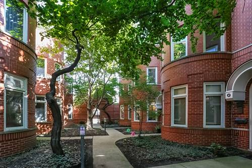 1252 W Oakdale, Chicago, IL 60657 Lakeview