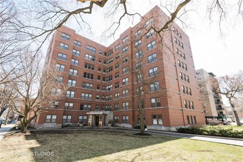 1585 Ridge Unit 304, Evanston, IL 60201