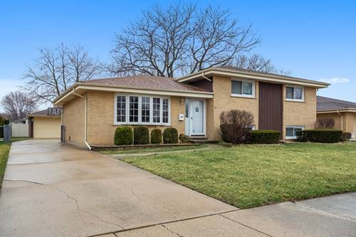 557 N Plamondon, Addison, IL 60101