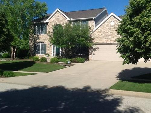 2302 Knollbrook, Bloomington, IL 61705