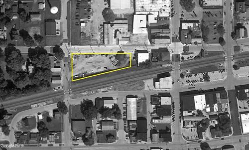 - W Center, Sandwich, IL 60548