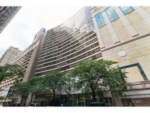 110 E Delaware Unit 903, Chicago, IL 60611 Gold Coast