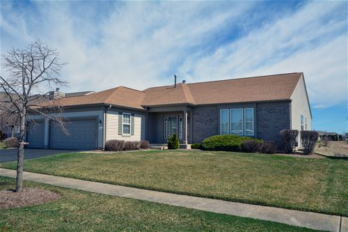 12320 Flowerwood, Huntley, IL 60142