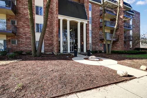 4900 Forest Unit 208, Downers Grove, IL 60515