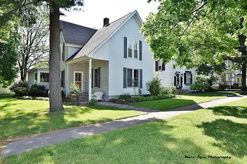 1002 S 3rd, St. Charles, IL 60174