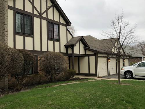1944 N Hidden Creek Unit 8, Palatine, IL 60074