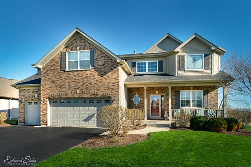 5247 Greenshire, Lake In The Hills, IL 60156