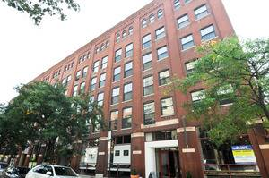 225 W Huron Unit 215, Chicago, IL 60654 River North