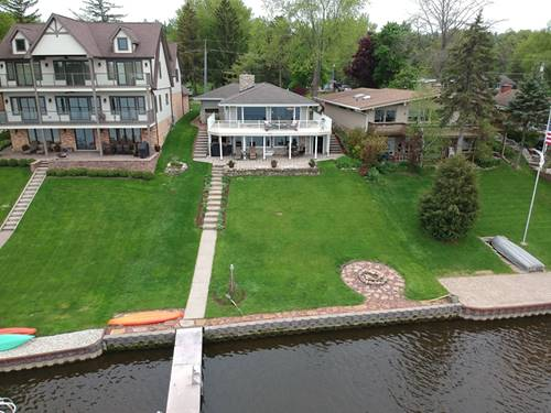 39220 N Cedar Crest, Lake Villa, IL 60046