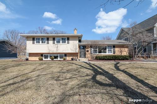 553 Cypress, Naperville, IL 60540