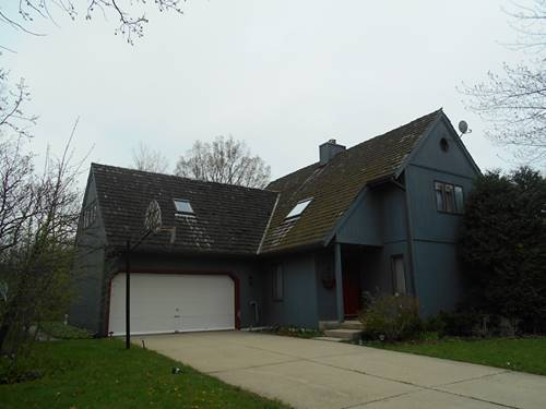 1085 Estes, Lake Forest, IL 60045