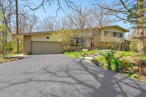 1390 Woodland, Riverwoods, IL 60015