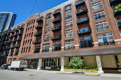 360 W Illinois Unit 9C, Chicago, IL 60654 River North