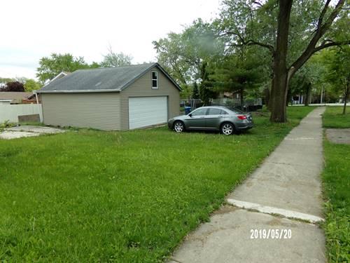 501 E Red Oak, Bensenville, IL 60106