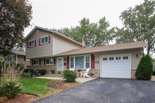 255 Fleetwood, Elk Grove Village, IL 60007
