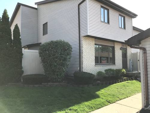 226 E Woodlawn Unit 226, New Lenox, IL 60451