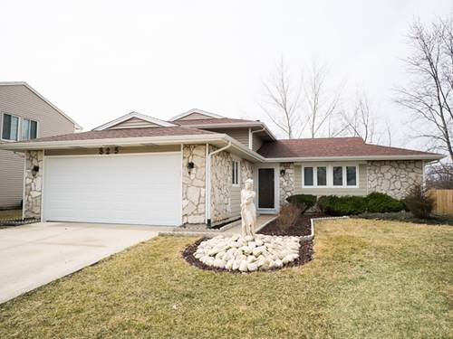 825 Mensching, Roselle, IL 60172