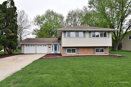 305 Carriage Hill, Aurora, IL 60506