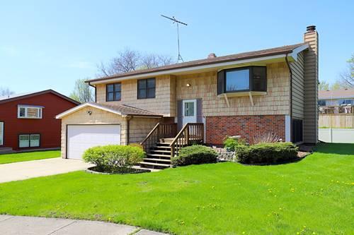 242 Langton, Bloomingdale, IL 60108