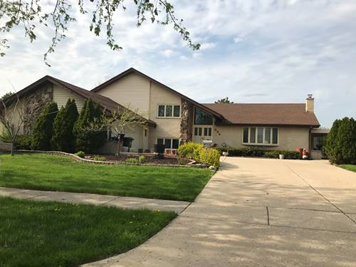 224 Waterford, Willowbrook, IL 60527