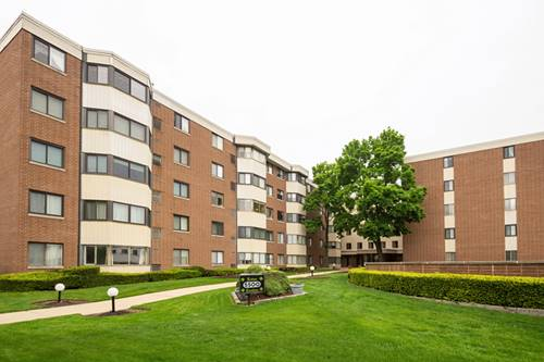 5500 Lincoln Unit 308W, Morton Grove, IL 60053
