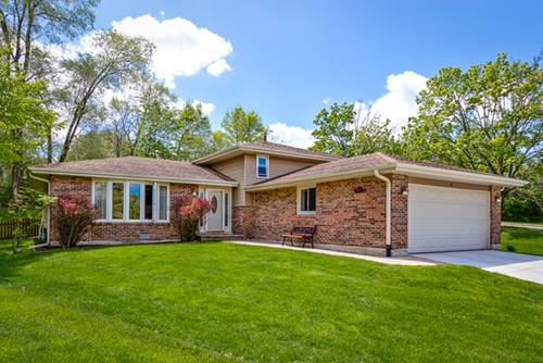 6 N Charles, Naperville, IL 60540