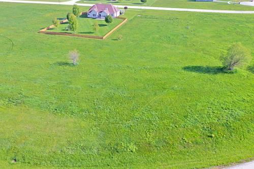 1030 Prairie View, Somonauk, IL 60552