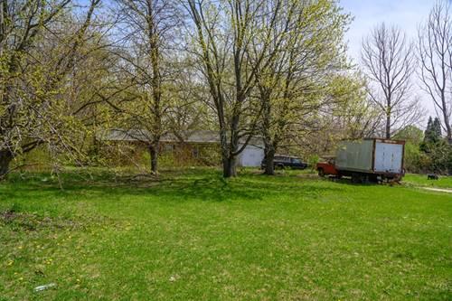 9661 S Carls, Plainfield, IL 60585