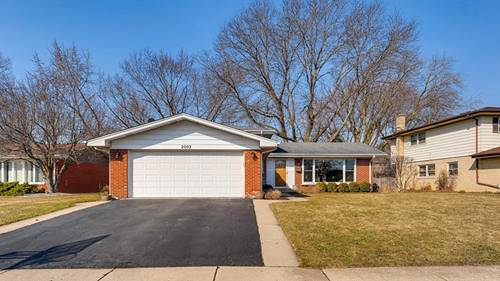2002 Spruce, Arlington Heights, IL 60004