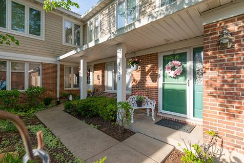 1539 N Courtland, Arlington Heights, IL 60004
