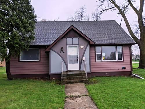 924 Wayne, Belvidere, IL 61008