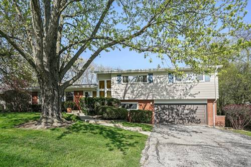 37 Turnbull Woods, Highland Park, IL 60035