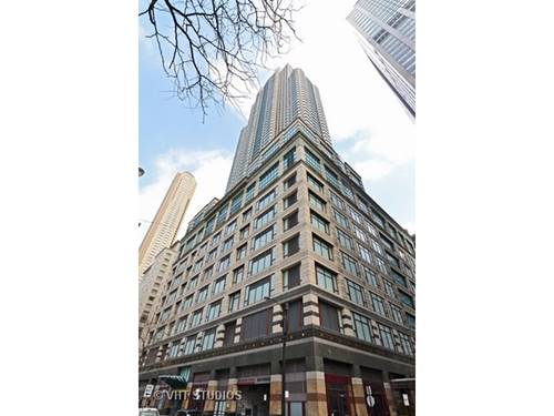 100 E Huron Unit 2702, Chicago, IL 60611 River North