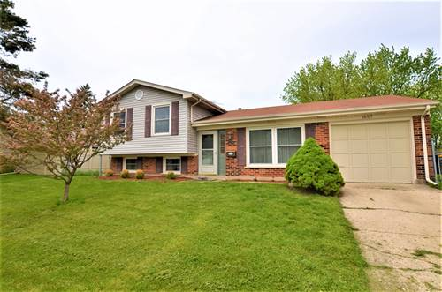 1657 S Green Meadows, Streamwood, IL 60107