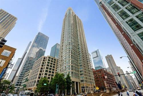 345 N La Salle Unit 408, Chicago, IL 60610 River North