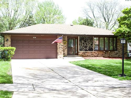 9S305 Rosehill, Downers Grove, IL 60516