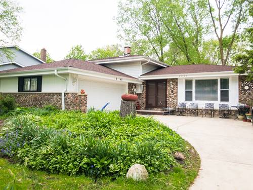6s140 Country, Naperville, IL 60540