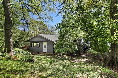 221 W Lake Shore, Oakwood Hills, IL 60013