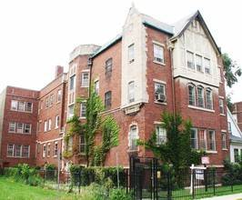 7924 S Kingston, Chicago, IL 60617 South Chicago
