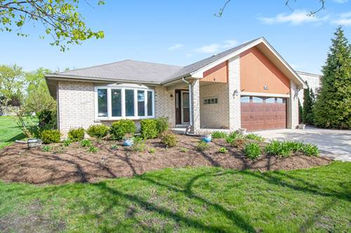 1742 N Beverly, Arlington Heights, IL 60004