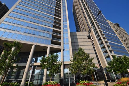 600 N Lake Shore Unit 807, Chicago, IL 60611 Streeterville