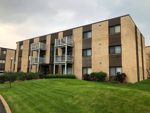 674 Pinecrest Unit 302, Prospect Heights, IL 60070