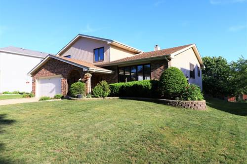 310 Terry, Bloomingdale, IL 60108