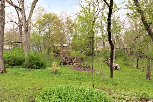 38450 N Briar, Spring Grove, IL 60081