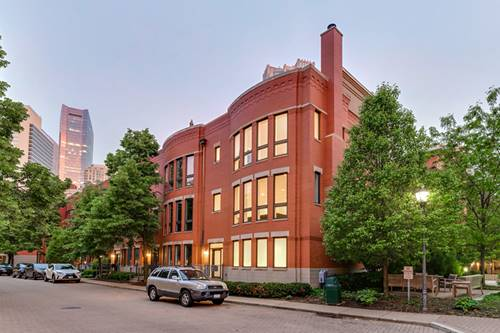 446 N Canal, Chicago, IL 60654