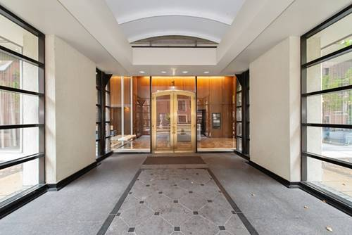 1 E Schiller Unit 7D, Chicago, IL 60610 Gold Coast