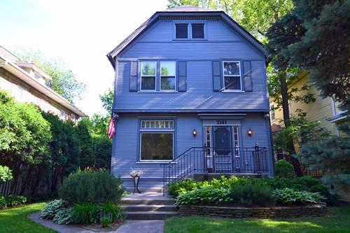 2141 W Greenleaf, Chicago, IL 60645 West Ridge